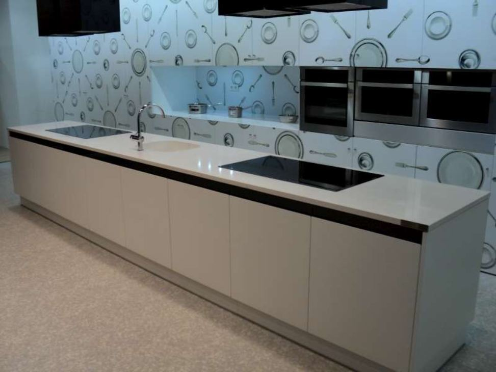 Encimera silestone blanco marmoler a vascongada - Mesas de cocina de silestone ...